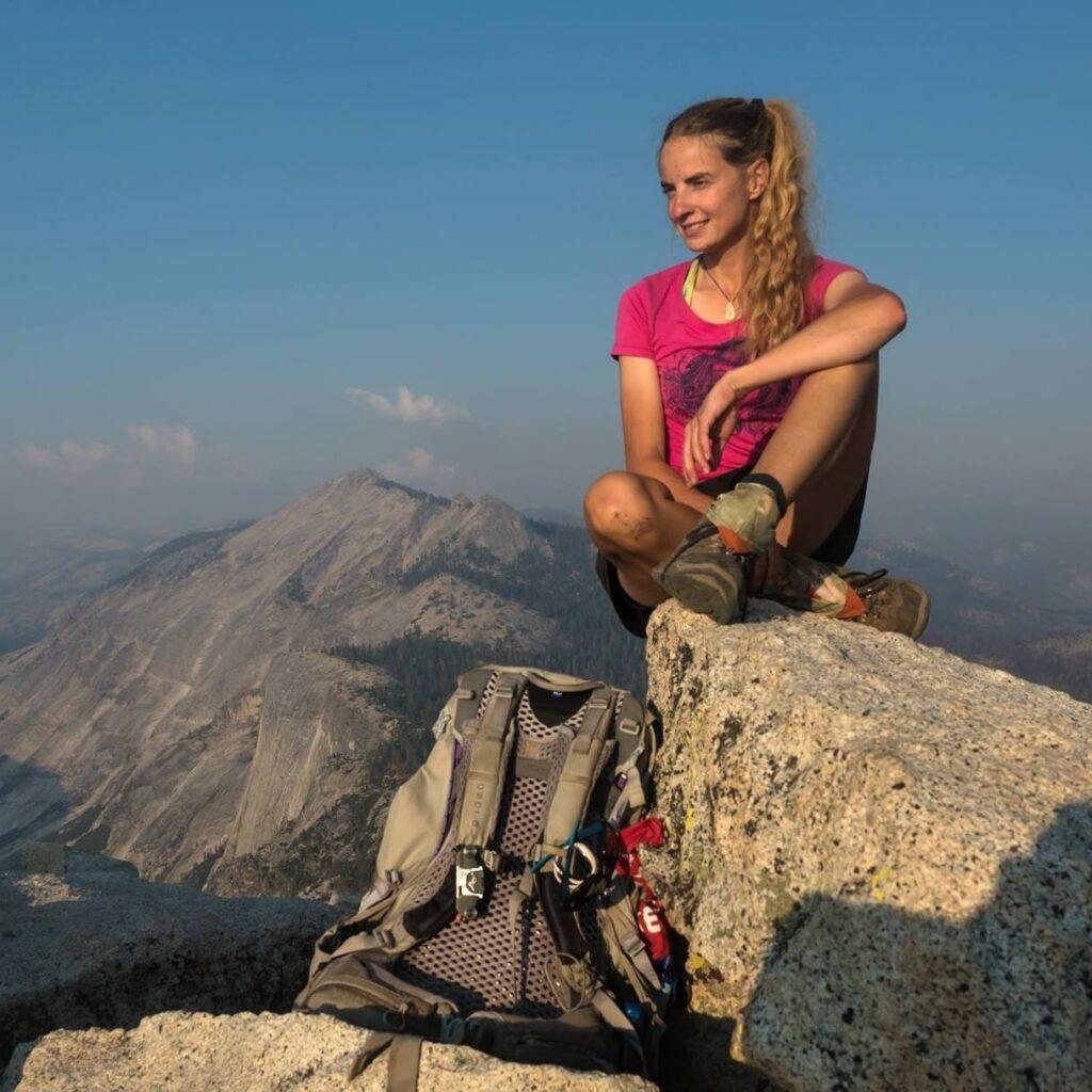 Kamila Kielar podczas hikingu.